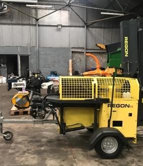 Regon R1 road towable firewood processor
