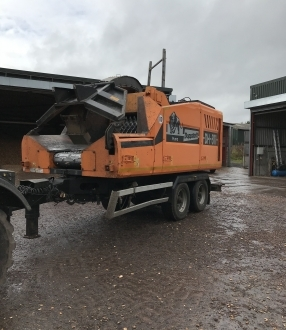 Doppstadt 811 Chipper