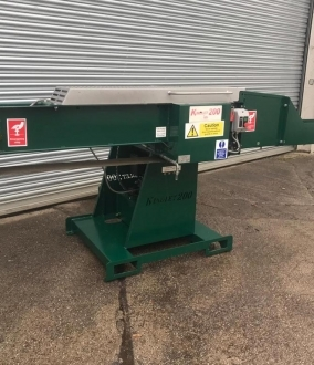 Kindlet 200 Kindling Machine