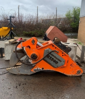 Westtech R1200 Stump Shear