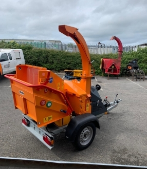 Jensen A530 Petrol Chipper