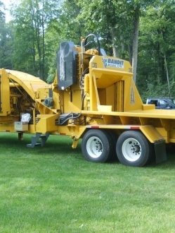3590XP – 30″ and 36″ Drum chipper